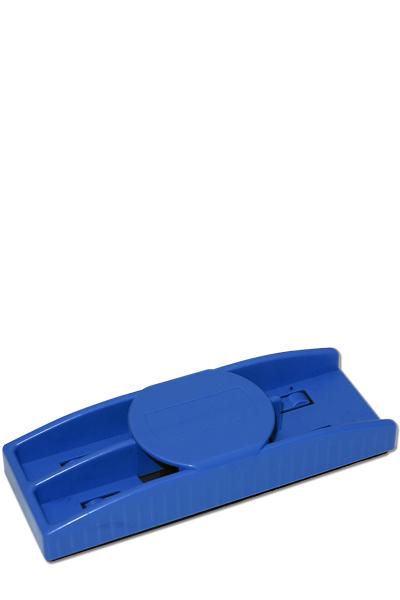 Blauer Kunststoffreinigungsschwamm